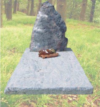 Ruwe natuursteen grafsteen R36